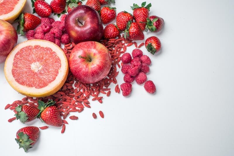 imagem com frutas vermelhas