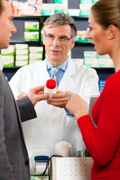 farmacêutico prescreve