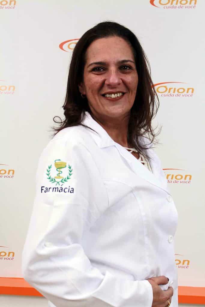 Andrea Tchakmakian Farmacêutica Responsável
